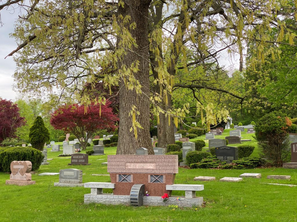 North Lawn Cemetery 06