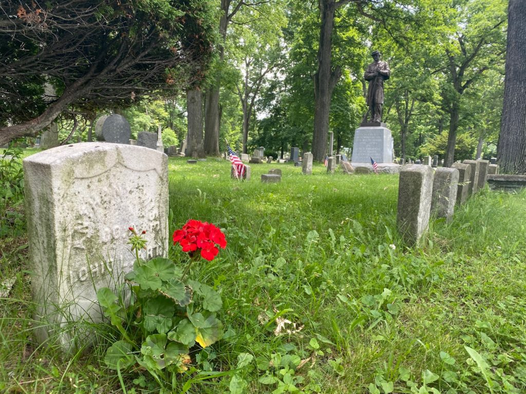 West Lawn Cemetery 02
