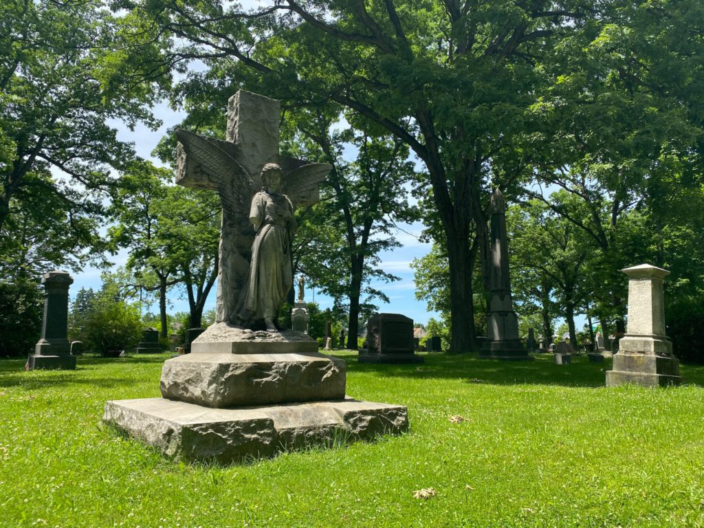 West Lawn Cemetery 07