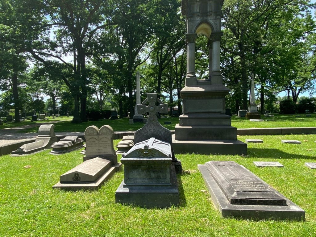 West Lawn Cemetery 08